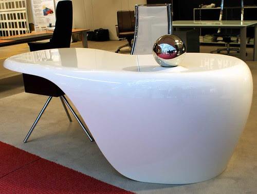 uno-desk #NeoCon09
