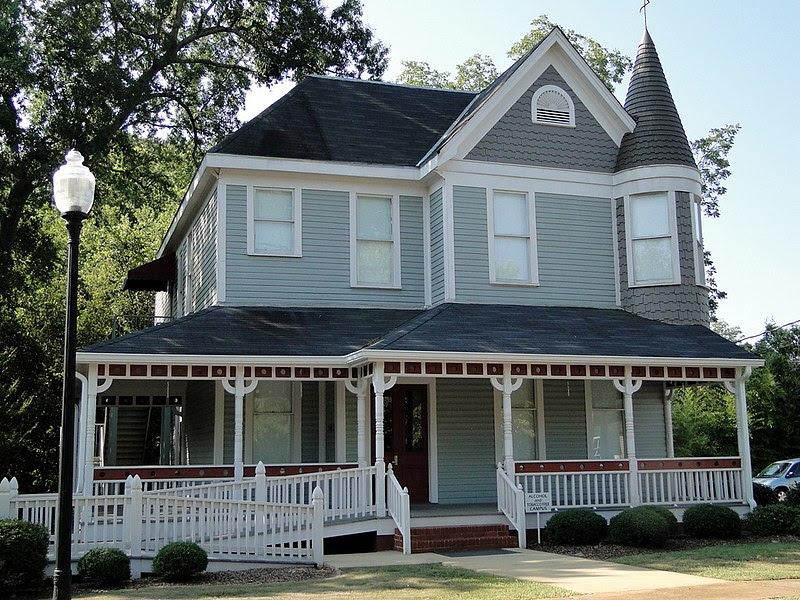 File:Johnson-Weaver Home c.1907.jpg