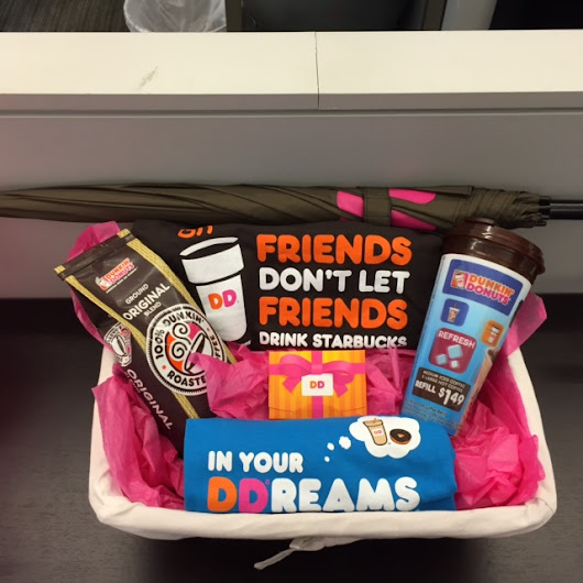 Dunkin' Donuts Coffee & Gift Card Giveaway {Metro NY/NJ/CT} - mom a la mode