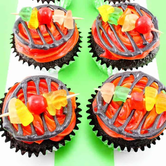 BBQ Grill Cupcakes - Fire up the Grill for a Sweet Treat