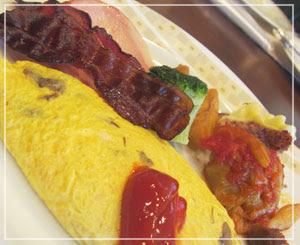 帝国ホテルのバイキング朝食、オムレツも良い感じ♪