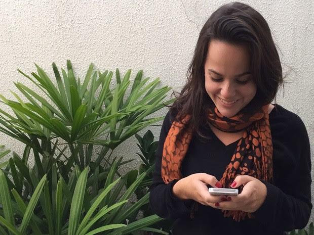 Camila Gazotto redatora e atendente de WhatsApp em Campinas (Foto: Ricardo Bueno)
