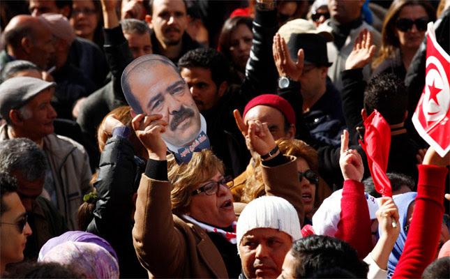 Manifestación en la capital tunecina en memoria de Chukri Belaid.- Reuters