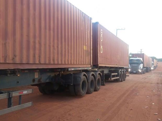 Como medida paliativa, containers serão usados para separar presos de facções rivais (Foto: Fred Carvalho/G1)