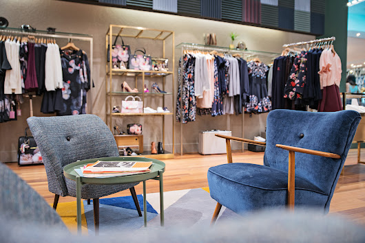 David Giral Photography BlogDavid Giral Photography Blog | | On assignment: Retail Interior Photography – Ted Baker Store in Carrefour Laval – Montreal