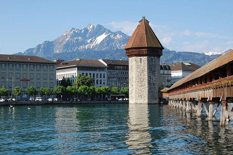 File:Kapellbrucke in Lucerne.jpg
