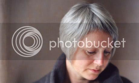 Elizabeth Fraser: photo by Sally Mundy