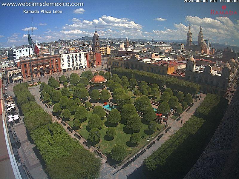 http://webcamsdemexico.net/leon1/live.jpg?d=1538073359716