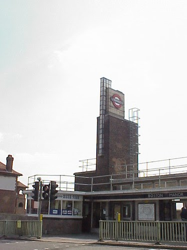 What Will I Look Like When I Grow Up >> Art Deco Buildings: Boston Manor Tube Station, London