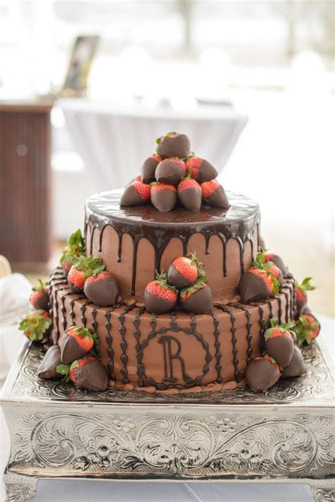 Tiered Groom?s Cake With Chocolate Strawberries