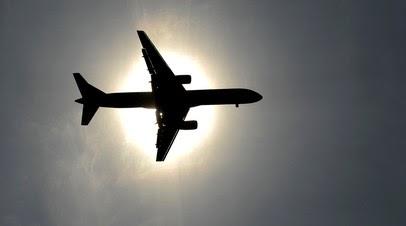 Экипаж самолёта сообщил о неисправности двигателя перед посадкой в Пулкове