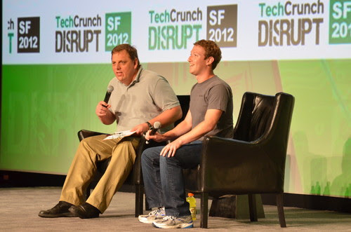 Mark Zuckerberg durante a conferência TechCrunch Disrupt (Foto: Reprodução)