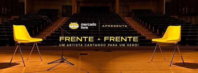 """Paula Fernandes em homenagem emocionante, todos deveriam assistir """"Frente a Frente"""", uma artista cantando para um herói"""