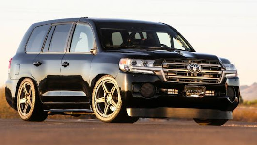 Watch a Toyota Land Cruiser hit 370kmh