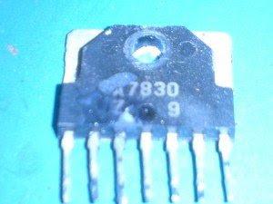 ic-vertikal-mainboard-televisi-Konka-300x225