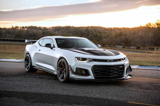 The First 2018 Chevrolet Camaro ZL1 1LE Sold For $250,000 At Auction