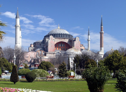 Traveling to Istanbul, the Ancient Beauty