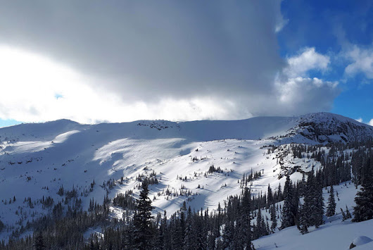 B.C. alpine mountains under 'Extreme' avalanche rating – Penticton Western News