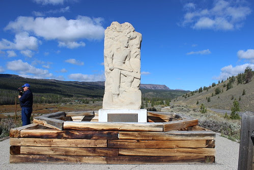 IMG_1893_Tie_Hack_Memorial_Between_Dubois_and_Tetons