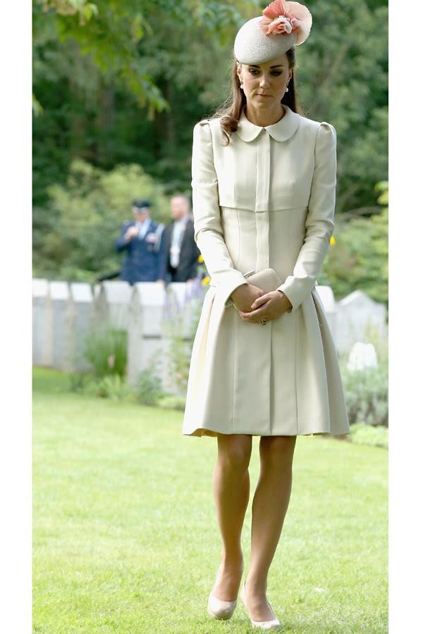 Quer algo mais clássico do que vestido com gola? (Foto: Getty Images)