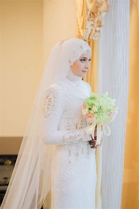 25  best ideas about Malay Wedding Dress on Pinterest