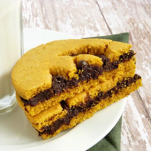 Spiced Pumpkin Sandwich Cookies