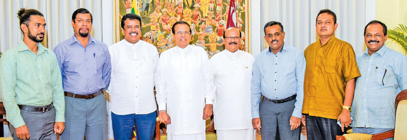 Former JVP MP obtains SLFP membership
