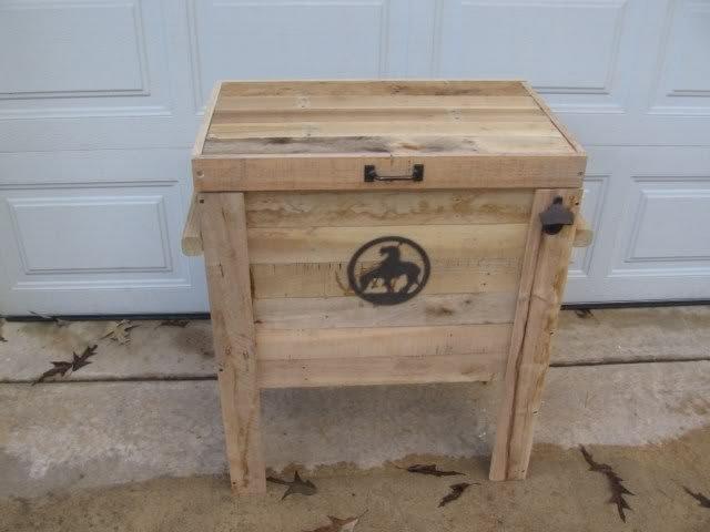 Cowboy Cooler made from wood pallets   Home Improvement   Pinterest
