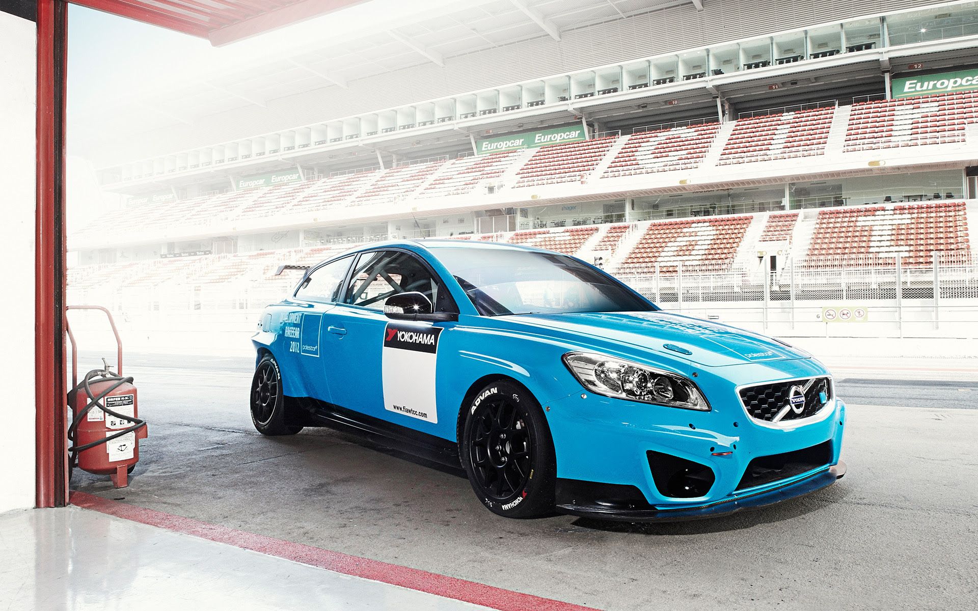 Nice picture of auto, wallpaper of cars, Volvo C30 DRIVe  ImageBank.biz