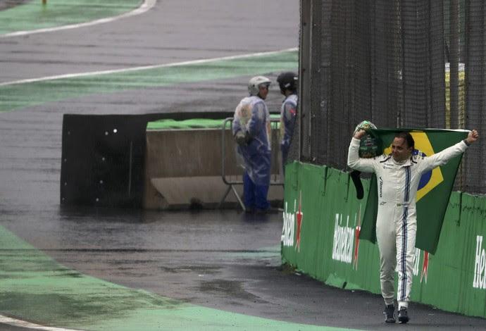 felipe massa bandeira do brasil corrida interlagos formula 1 (Foto: Reuters)
