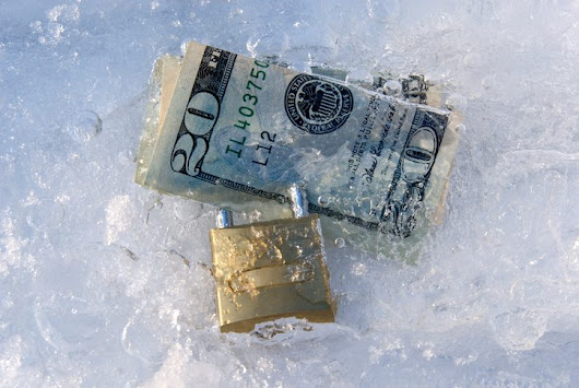 When Can Creditors Freeze My Bank Account? | Law Office of Howard Tagg