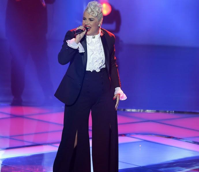 D'Lara no palco da Semifinal (Foto: Artur Meninea/Gshow)