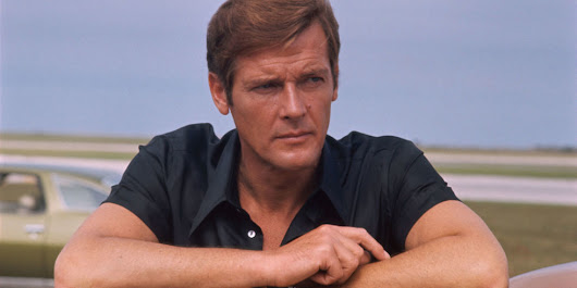 """James Bond"" Star Roger Moore Has Died"