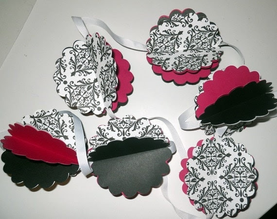 Black Damask and hot pink paper garland strand