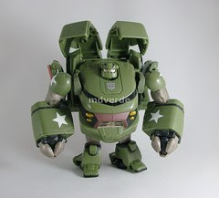 Transformers Bulkhead Animated Voyager - modo robot (by mdverde)