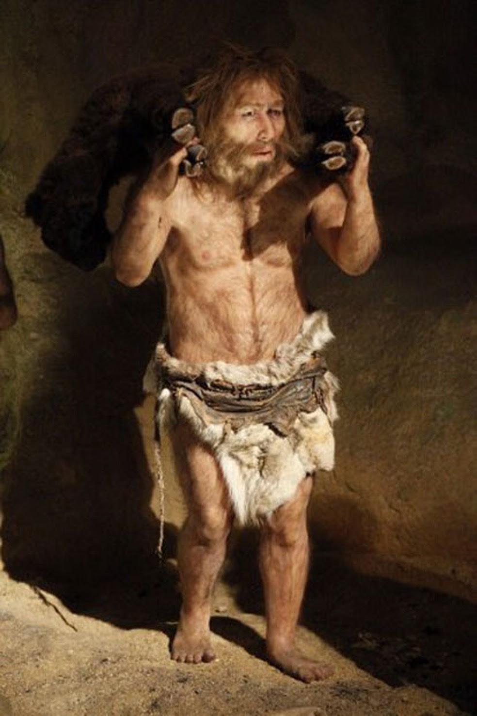 Estátua mostra como seria exemplar de neandertal, em museu na Croácia (Foto: Frumm John/Hemis.Fr)