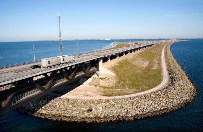 Αυτή η καταπληκτική γέφυρα μετατρέπεται σε τούνελ και συνδέει την Δανία με την Σουηδία (5)