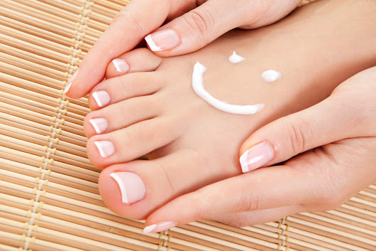 Fabulous Feet: Skin Care and Foot Care Secrets for a beautiful Sandal-Ready Summer