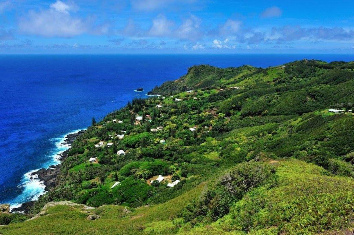 Como é viver em uma pequena ilha britânica no meio do Pacífico 19