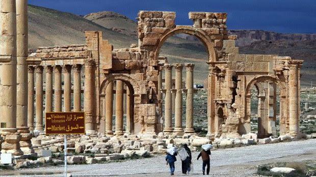 Militantes do Estado Islâmico podem ter avançado para muito perto de Palmira (Foto: BBC)