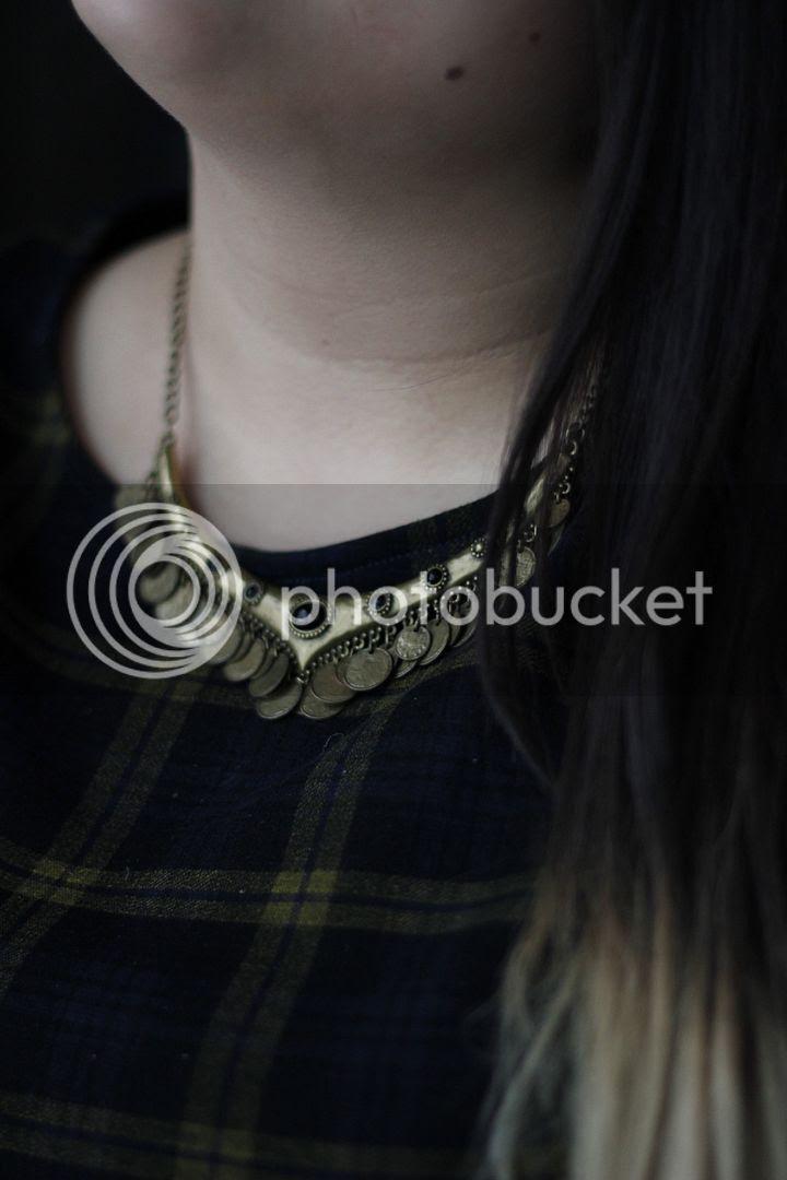 plus size fashion plaid dress toronto canada clueless plus size blogger fatshion grunge penningtons mblm new look