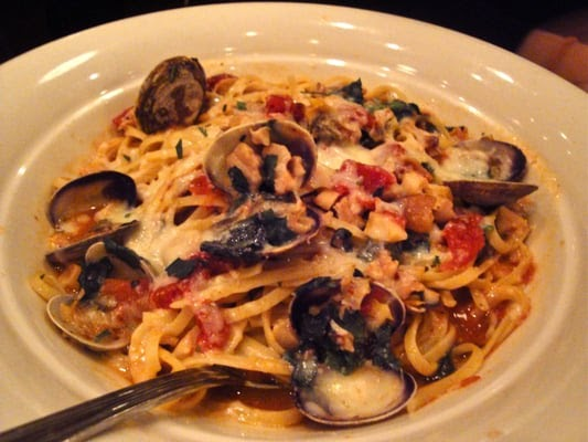 Maggiano's Restaurant Copycat Recipes: Linguine with Clams