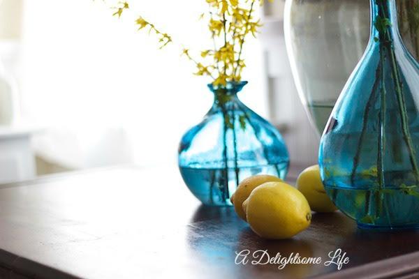 A-DELIGHTSOME-LIFE-FORSYTHIA-BLUE-VASES-DEMIJOHN-7