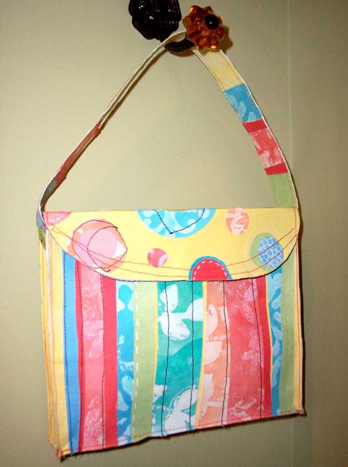 sticky_back_purse