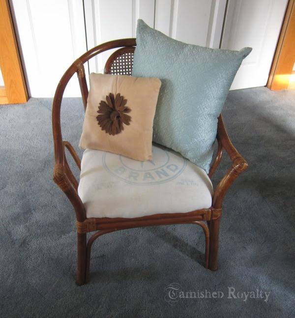 sat_spotlight_chair