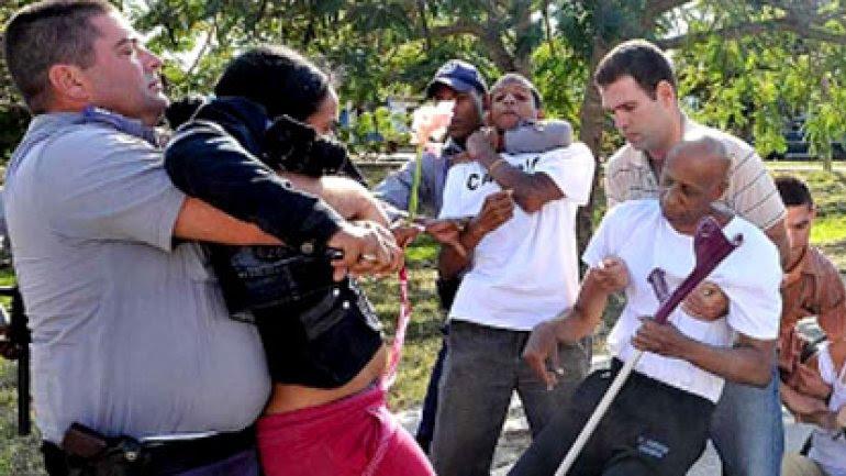 La CCDHRN registró 882detenciones arbitrarias de opositores en Cuba