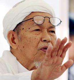 http://malaysianstory.files.wordpress.com/2009/11/nik_aziz_new1.jpg