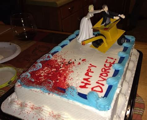 15 Gruesome & Bloody Divorce Cakes   Riot Daily