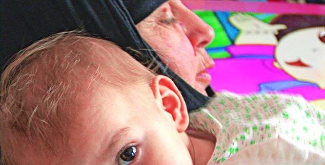 Οι μάνες με τα ράσα που μεγαλώνουν ορφανά