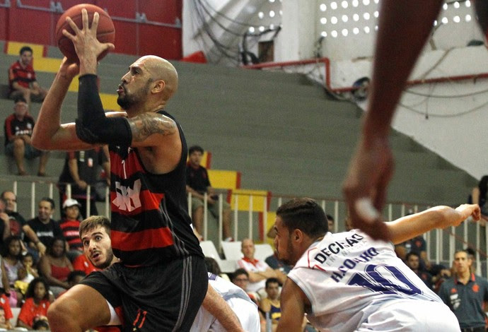 Fla Basquete vence a terceira seguida no NBB